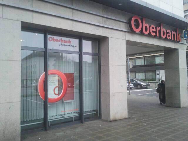 Oberbank-Fensterfolierung