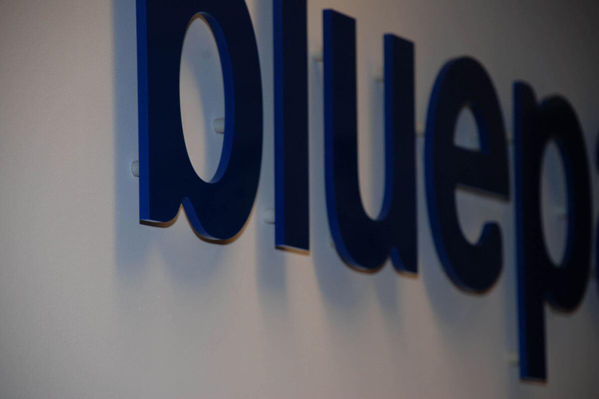 bluepartner_acryl_4
