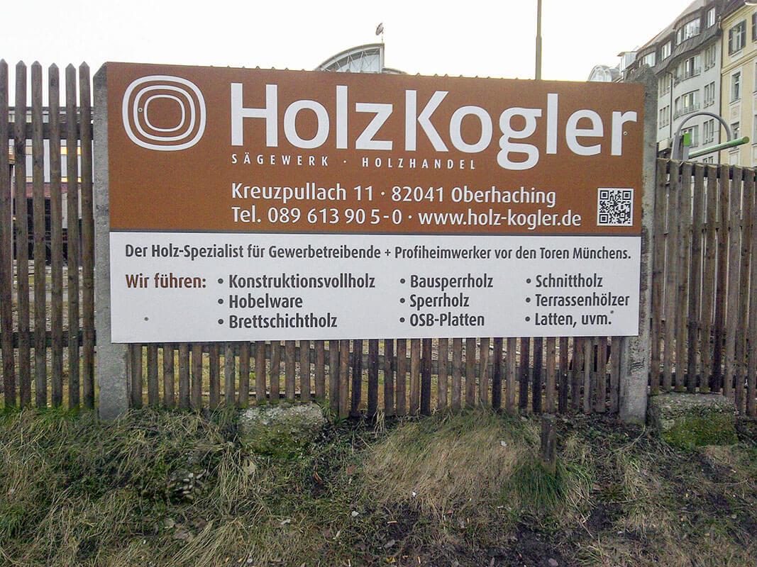 Holz-Kogler-Werbetafel